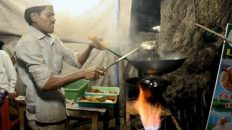 """""""Amazing Street Food Around the World"""" — Street Foods of India – Indian Street Food Cooking"""