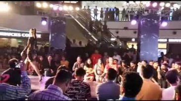 Fashion Week at DLF Mall Of India Noida